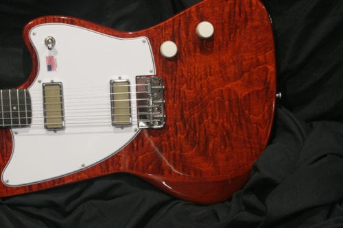 2020 Harmony Silhouette Red