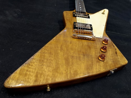 2020 Sonicguitars Explorer korina 1958 aged replica nat yellow