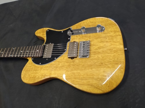 2020 Sonicguitars Playtone Deluxe HB nat yellow on order