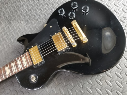 BEAUTIFUL 2005 GIBSON BLACK BEAUTY LES PAUL STUDIO GOLD HARDWARE EXCELLENT OHSC SHARP PLAYS GREAT