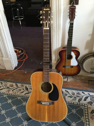 Bently Model 5111 Acoustic Guitar Natural, Very Good