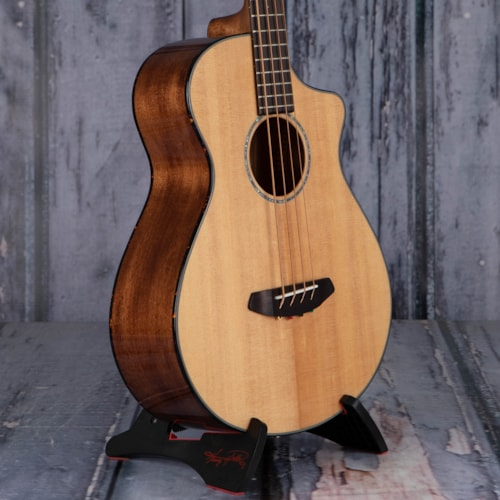 Breedlove Pursuit Concert CE Acoustic/Electric Bass, Natural