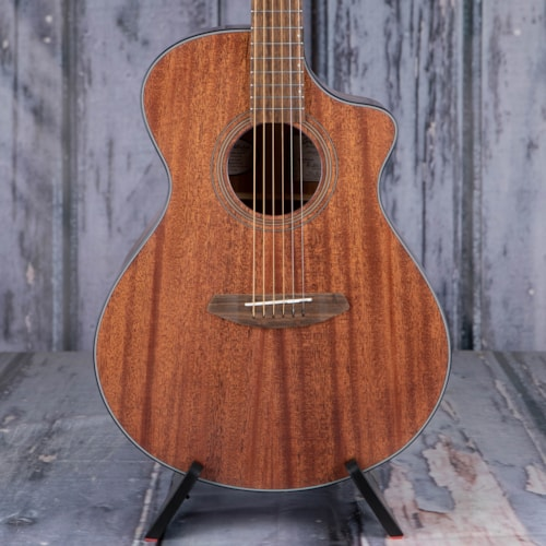 Breedlove Wildwood Concert Satin CE Acoustic/Electric, Mahogany Stain