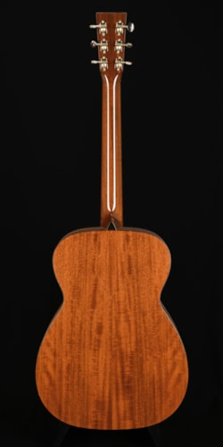 Collings 001 14-Fret Natural