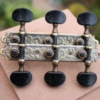 Dell'Arte Tuning heads for slotted peghead guitars
