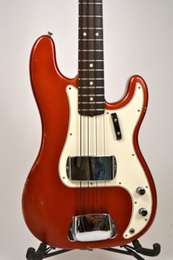 1967 FENDER Precision Bass