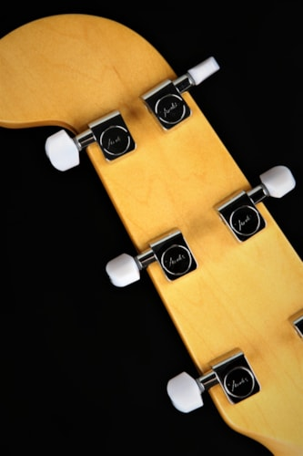 Fender Limited Edition Parallel Universe Volume II Maverick Dorado - Firemist Gold