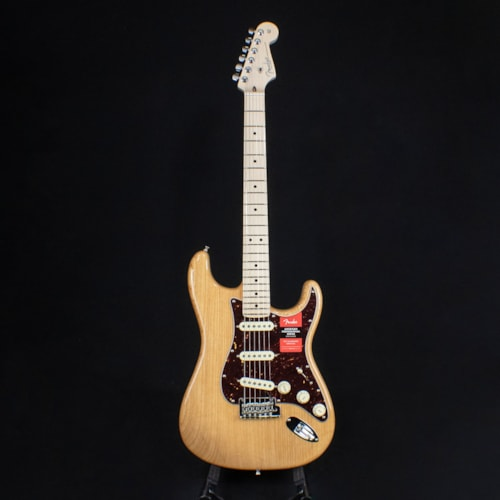 Fender 2019 Limited Edition American Professional Stratocaster Ash Aged Natural (#2733)