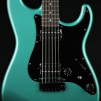 Fender Limited Edition Boxer Series