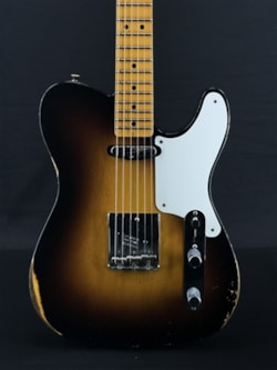 Fender Limited Roasted Pine Double Esquire Relic in Wide Fade 2-Color Sunburst