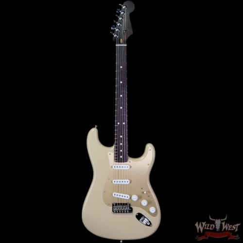 2019 Fender USA American Professional Stratocaster Solid Rosewood Desert Sand