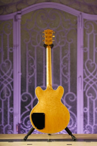 Gibson Lucille Custom made for BB King in Blonde finish