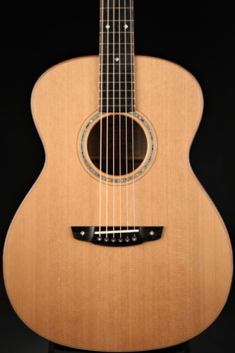 Goodall Pacific Grand Concert - Special Reserve Maple/Master Western Red Cedar