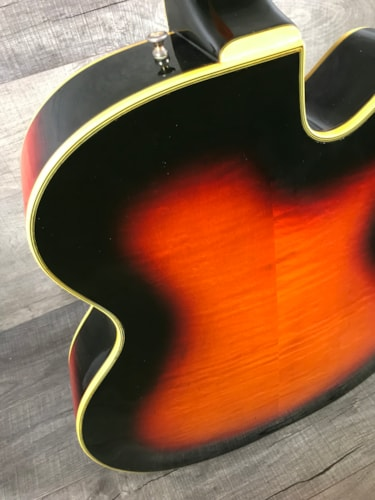 Guild Artist Award 1967 Sunburst Lefty
