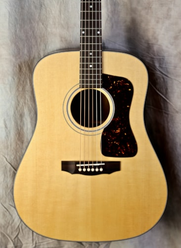 Guild USA D-40 Traditional Natural
