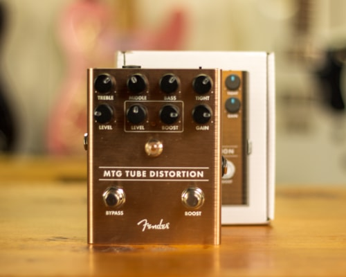 2020 Fender MTG Distortion Bronze with box and papers