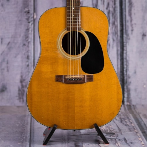 Used Martin D-18 Dreadnought, Natural