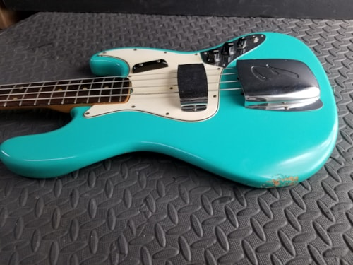 STUNNING COLLECTOR VINTAGE 1965 FENDER JAZZ BASS RARE DAPHNE BLUE & HEADSTOCK ALL ORIGINAL EXCELLENT