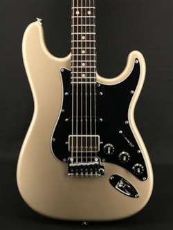 Suhr Classic S Metallic Limited Edition in Champagne