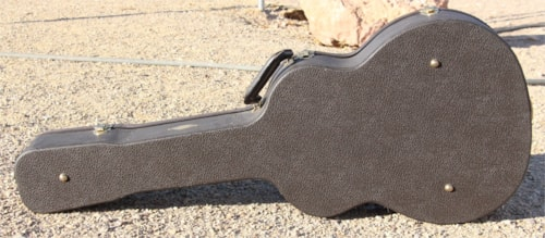 Taylor  Deluxe Hardshell  Guitar Case  Brown - Black Lined