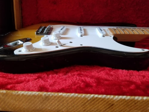 Vintage 1956 Fender Stratocaster – Beautiful, Great Tone & Action