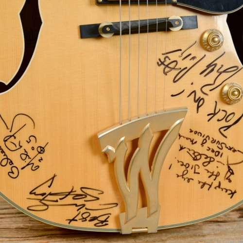 Washburn J-6 Signed by Jim Peterik & Others